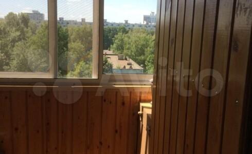 Продается 3-комнатная квартира 58м2 , 18 комплекс, номер 8825 - 10