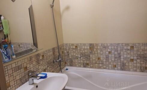 Продается 3-комнатная квартира 77м2 , 20 комплекс, номер 9549 - 15