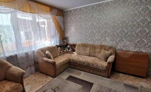Продается 3-комнатная квартира 60м2 , 18 комплекс, номер 8248 - 19