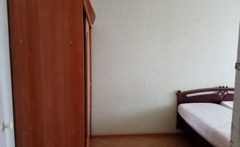 Продается 2-комнатная квартира 50м2 , 14 комплекс, номер 109741 - 5