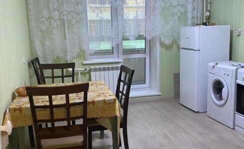 Сдается 1 комнатная квартира 46м2 на ЗЯБи, 19 комплекс, номер 1001062 - 4