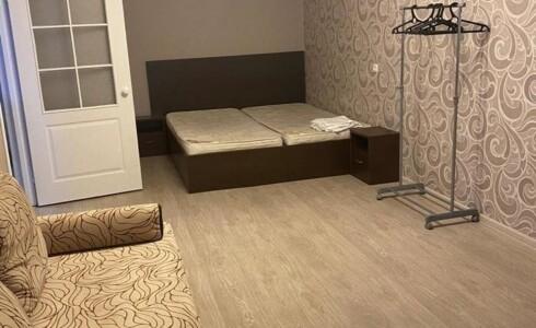 Сдается 1 комнатная квартира 46м2 на ЗЯБи, 19 комплекс, номер 1001062 - 3