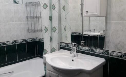 Продается 4-комнатная квартира 75м2  в Новом Городе, 48 комплекс, номер 5916 - 23