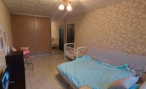 Продается 2-комнатная квартира 44м2 , 18 комплекс, номер 110403 - 3