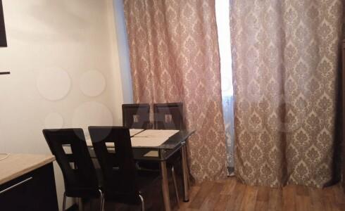Продается 1-комнатная квартира 45м2 , 38 комплекс, номер 110444 - 7
