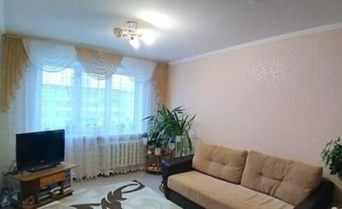 Продается 2-комнатная квартира 52м2  в Новом Городе, 45 комплекс, номер 5889 - 1