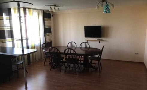 Продается 4-комнатная квартира 201м2  на ЗЯБи, 17А комплекс, номер 2838 - 2