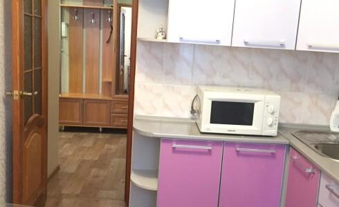 Продается 2-комнатная квартира 51м2  в Новом Городе, 54 комплекс, номер 7608 - 9