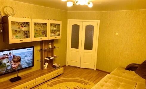Продается 2-комнатная квартира 52м2  в Новом Городе, 11 комплекс, номер 6935 - 8