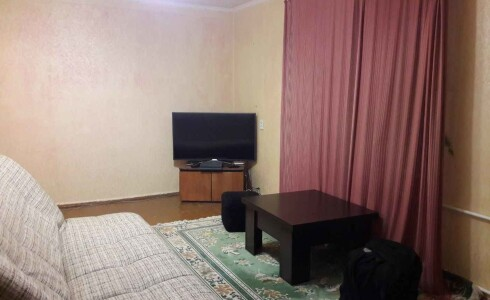 Продается 2-комнатная квартира 42м2  на ГЭСе, 1 комплекс, номер 7856 - 6