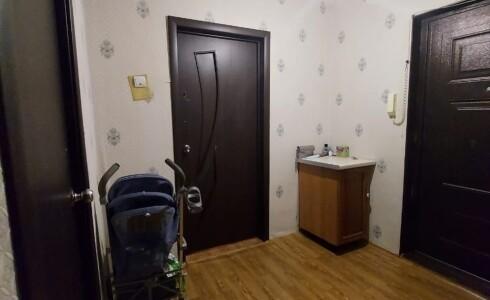 Продается 2-комнатная квартира 44м2 , 18 комплекс, номер 110403 - 8