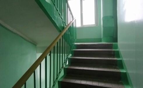 Продается 3-комнатная квартира 58м2  на ЗЯБи, 18 комплекс, номер 8689 - 17