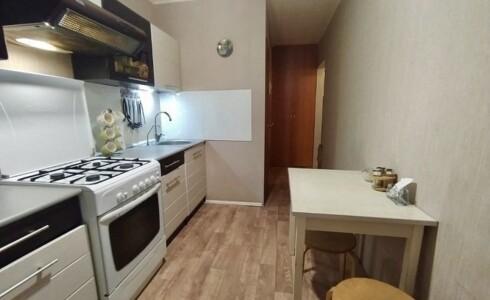 Продается 3-комнатная квартира 58м2  в Новом Городе, 28 комплекс, номер 9048 - 8