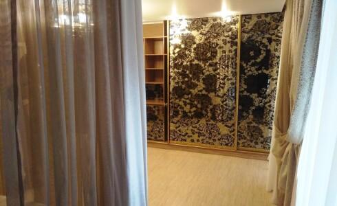 Продается 4-комнатная квартира 146м2 , 62 комплекс, номер 5507 - 18